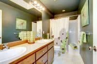 home-cleaning-bathroom