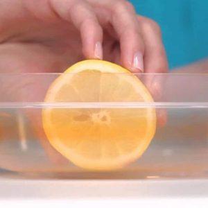 lemon-half-cleaning-Tupperware